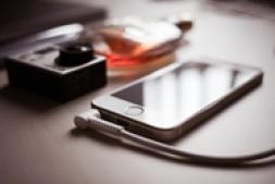 手机广告  新手入门所要明白的注意事项